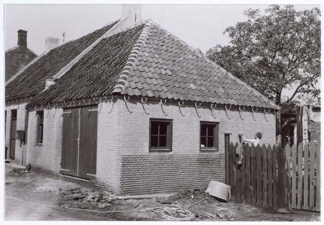 015665 - Schuurtje van het gerestaureerde wevershuisje aan de Bokhamerstraat