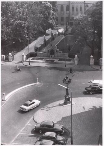 032216 - Paleis-Raadhuis aan het Stadhuisplein