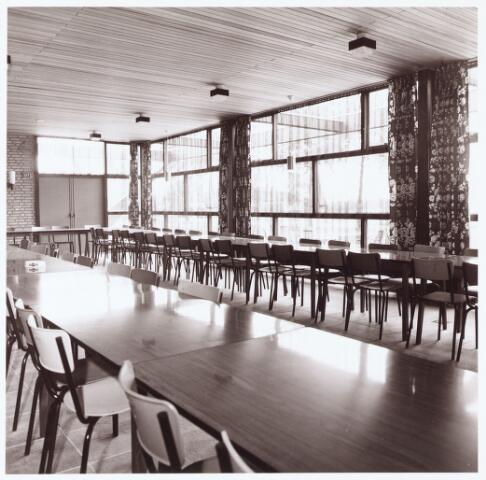 063242 - Op 2 september 1967 werd het cultureel centrum de Schalm aan de Eikenbosch 1 geopend. Foyer