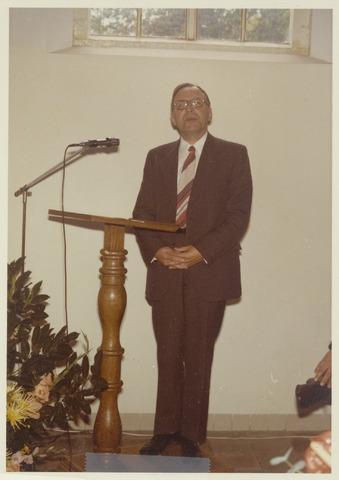 89038 - Toespraak Pastoor Rombouts bij de installatie van de nieuwe  burgemeester van Terheijden: dhr. J. van Maasakkers