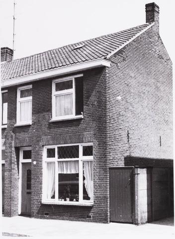 034363 - Lijnsheike72d, later Von Weberstraat. Op dit moment zijn de meeste huizen aan de Von Weberstraat gesloopt.