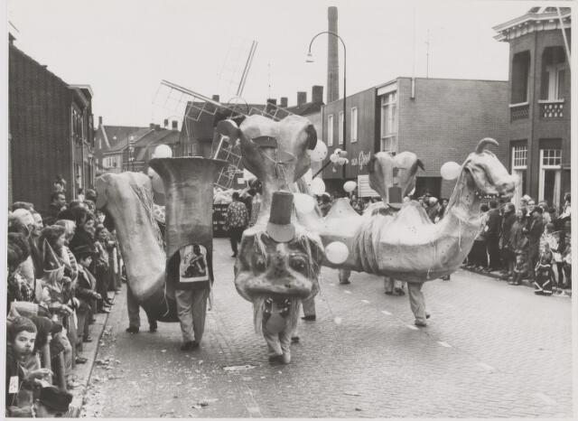 081877 - Rijen, Carnaval optocht
