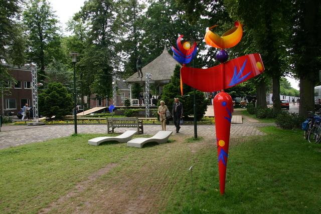657315 - Kunst en cultuur. Tentoonstelling Oisterwijk Sculptuur.  Een jaarlijkse beelden expositie in het centrum van Oisterwijk.