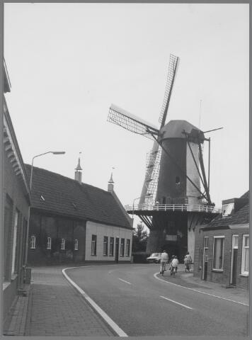 88691 - Molenstraat 38-40, het oude molenaarshuis, gebouwd in 1708.