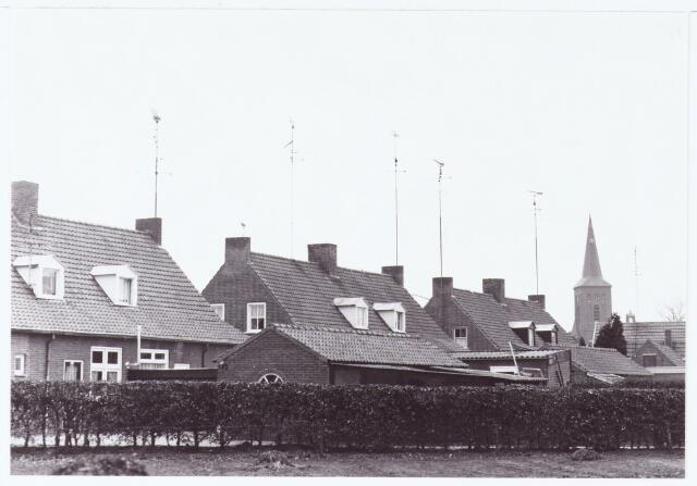 063518 - Aanleg C.A.I. In 1980 werd in Berkel-Enschot de centrale antenne inrichting aangelegd