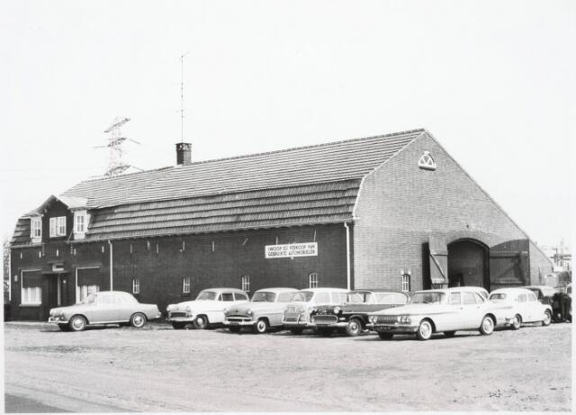 032953 - Autobedrijf. In- en verkoop van gebruikte automobielen aan het Moleneind thans Stokhasseltlaan 26.