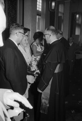 050785 - 25-jaar bij de (KAB) gehuldigd als voorzitter P.J.Vriens.