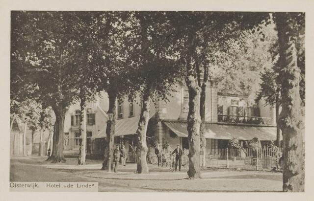 074532 - De Lind met hotel De Linde