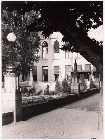 032200 - Paleis-Raadhuis aan het Stadhuisplein