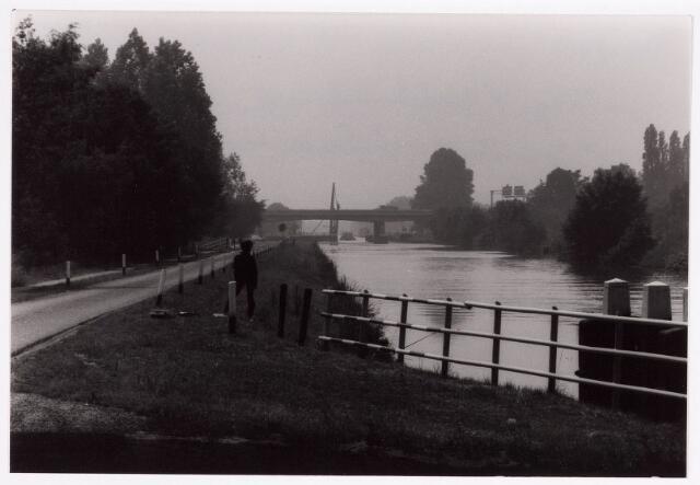 034761 - Wilhelminakanaal bezien vanaf de vaste brug aan de Meierijbaan in de richting van Rijksweg 58