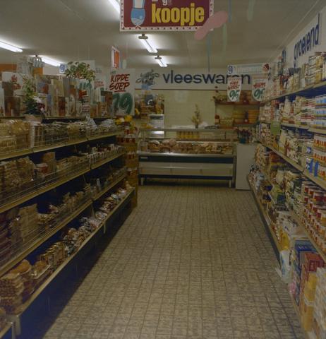 1237_009_587_003 - Interieur winkel. p/a Vesters