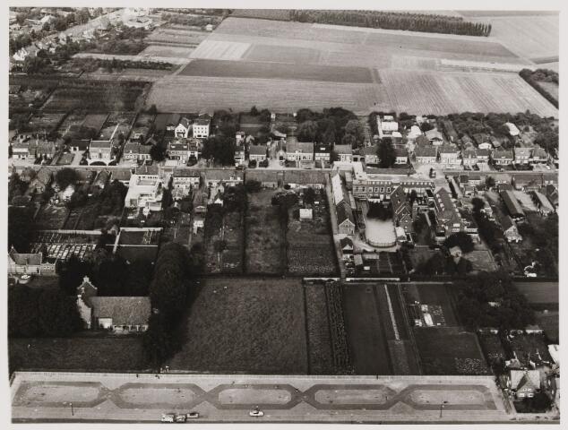080395 - Luchtfoto's van Udenhout.