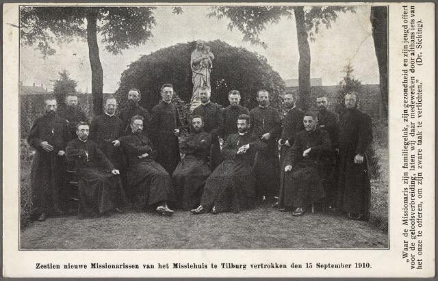 011235 - zestien paters van de congregatie der paters missionarissen van het H. Hart aan de Bredaseweg bij hun vertrek naar de missie op 15 september 1910. Foto genomen in de tuin van het klooster bij het beeld van Maria.