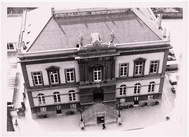 035789 - Oude gemeentehuis aan het Stadhuisplein
