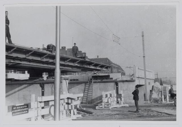 037202 - Spoorwegen: Hoogspoor aan de Gasthuisstraat