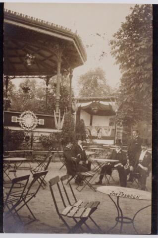 045206 - Zomerkermis in de tuin van sociëteit de Philharmonie.