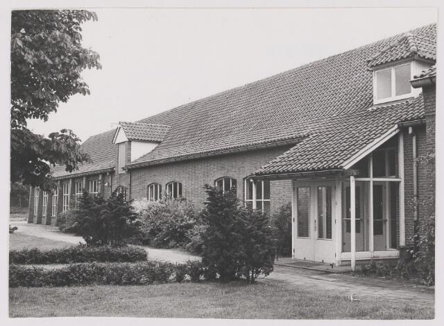 082523 - Hulten, Rijksweg 11a. Lagere Land- en Tuinbouwschool