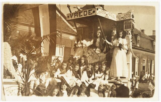008997 - optocht H. Kindsheid in 1924 bij het Julianapark.