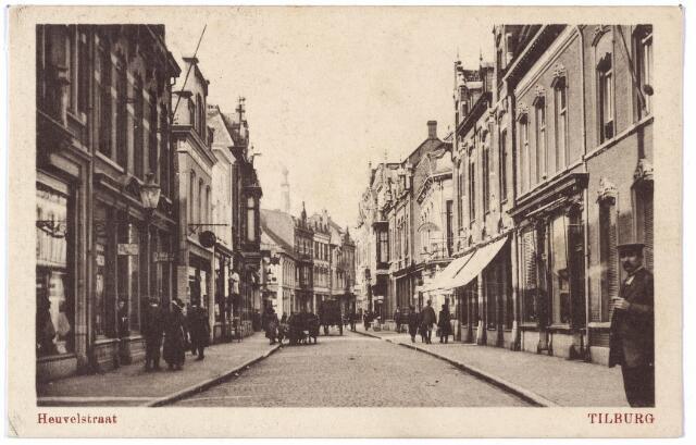 001084 - Heuvelstraat tussen Heuvel en Willem II-straat.