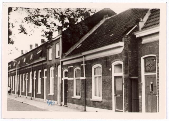 014433 - Rijtjeshuizen in de Atelierstraat