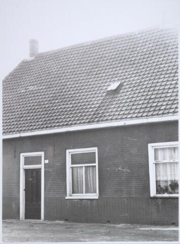 025751 - Pand Moleneind 163 halverwege oktober 1965. Thans is dit de Leharstraat