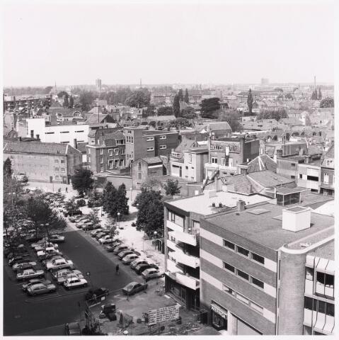 """036457 - Panorama van Tilburg vanaf de """" Katterug """"."""