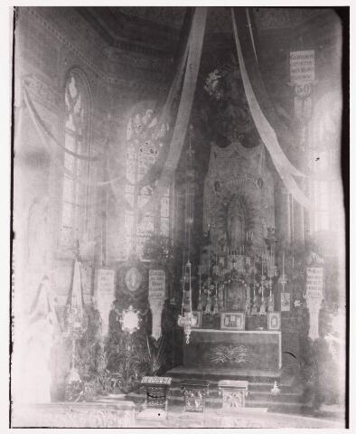 035900 - Interieur van de R.K. kerk van de H. Dionysius op het Heike, thans Stadhuisplein