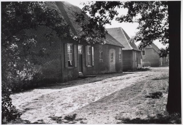 024029 - Hendrik en Alexanderhoeve op Koningshoeven anno 1959