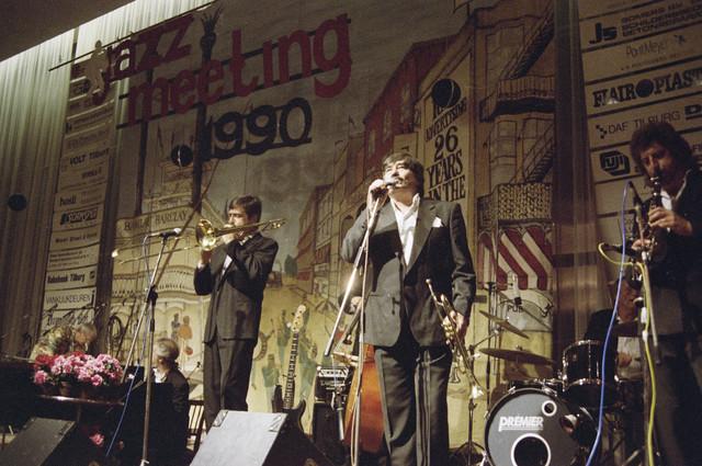 TLB023000214_002 - Optreden tijdens de jaarlijkse (1973-1998) Jazz Meeting in 1990