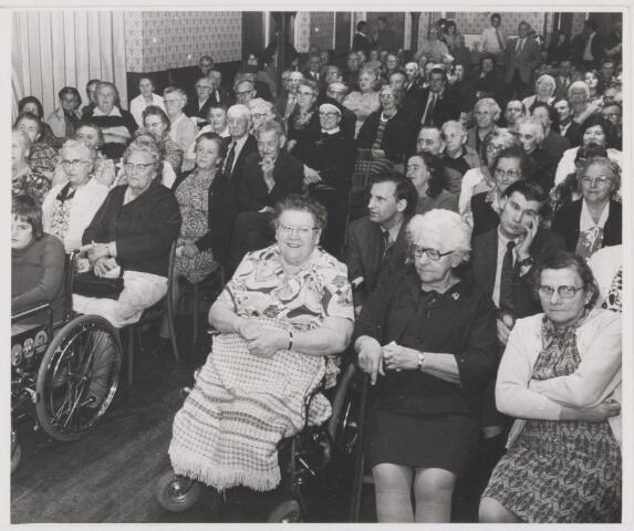 081993 - Avondje voor de bejaarden