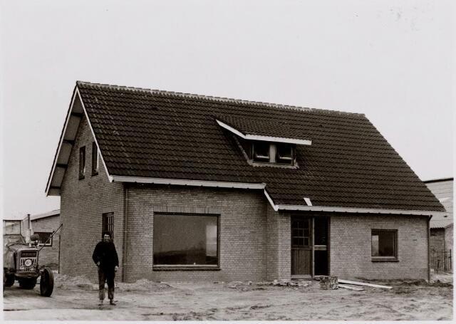 045451 - Nieuwe boerderij te Goirle