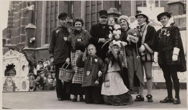 101343 - Carnaval 1961. Boerenbruiloft van Joanes en Hendrien.