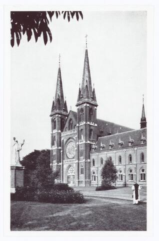 062114 - Kloosters. Abdij van Onze Lieve Vrouw van Koningshoeven aan de Eindhovenseweg 3