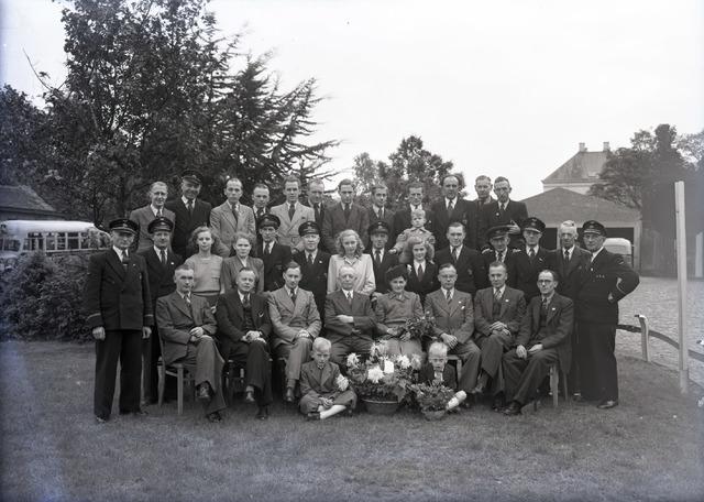 653844 - Bedrijven. Groepsfoto van medewerkers van de BBA.