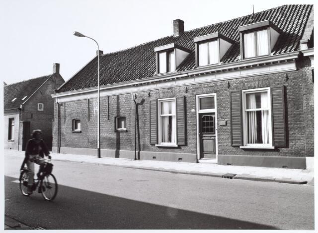 015296 - Pand Bisschop Zwijsenstraat 103
