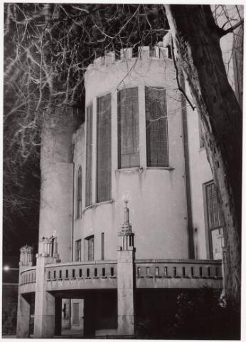 032182 - Paleis-Raadhuis aan het Stadhuisplein