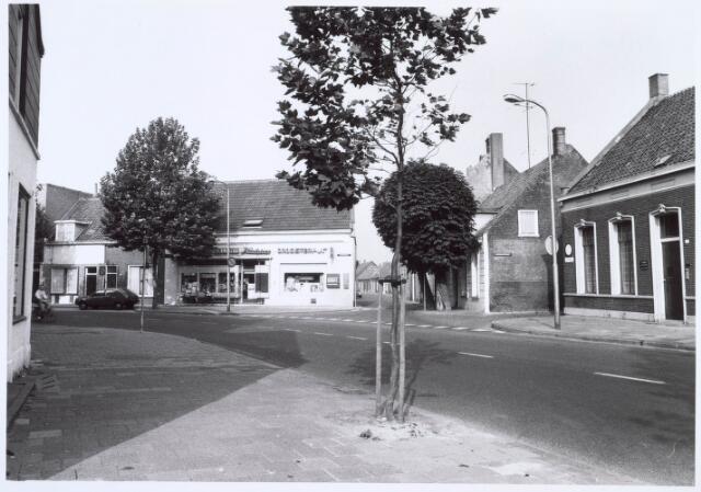 019344 - Kruising Goirkestraat - Wittebollenstraat (midden) en het Vernisstraatje (rechts)