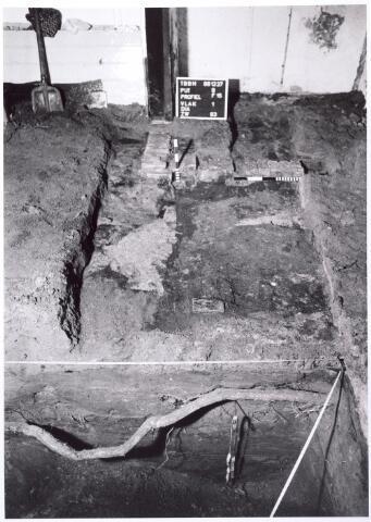 015754 - Archeologisch onderzoek in het pand Bokhamerstraat 13