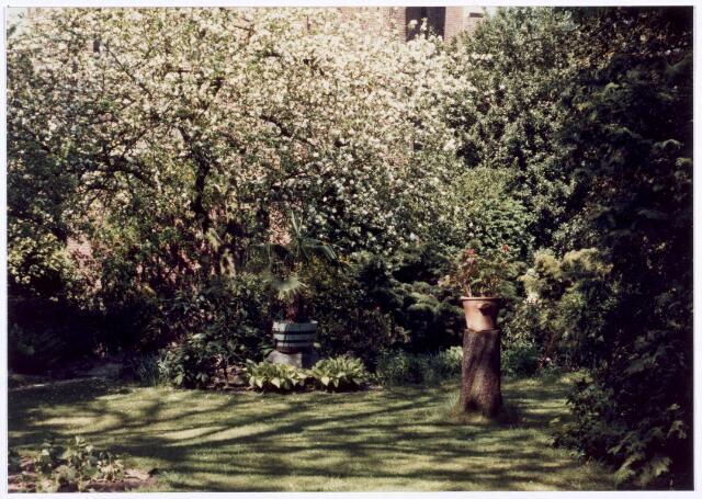 018057 - Tuin van het Ursulinenklooster aan de Elzenstraat