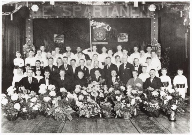 """052819 - Sport. Gymnastiek, Olympia. Gymnastiekvereniging """"de Spartanen"""" i.v.m. zilveren bestaansjubileum in concert zaal Koningshoeve"""