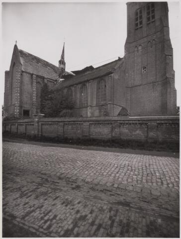 085477 - Dongen. NH kerk. Foto met het in 1928 ingestorte middenschip.