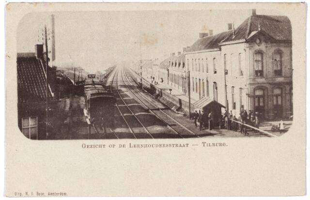 000002 - 'Gezicht op de Leenhouderstraat', Alleenhouderstraat, hoek huidige Gasthuisring met spoorweg Tilburg-Breda.
