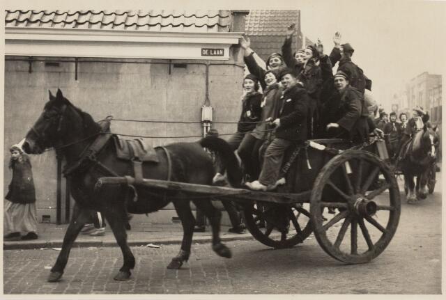 101345 - Carnaval 1959. Boerenbruiloft.