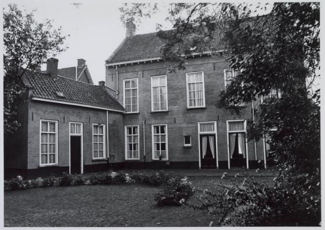 019330 - Achterzijde en tuin van het pand Goirkestraat 7