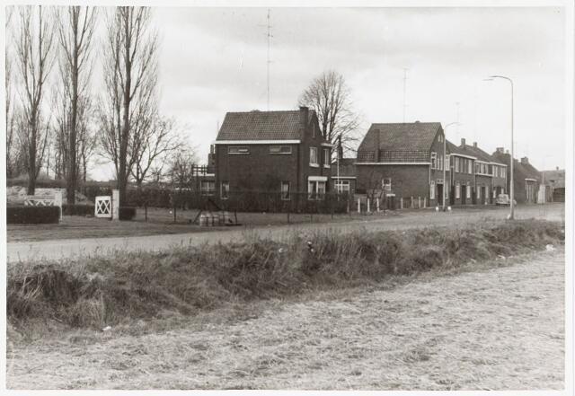 034070 - Panden aan de Jac. van Vollenhovenstraat voorheen Heikantsebaan