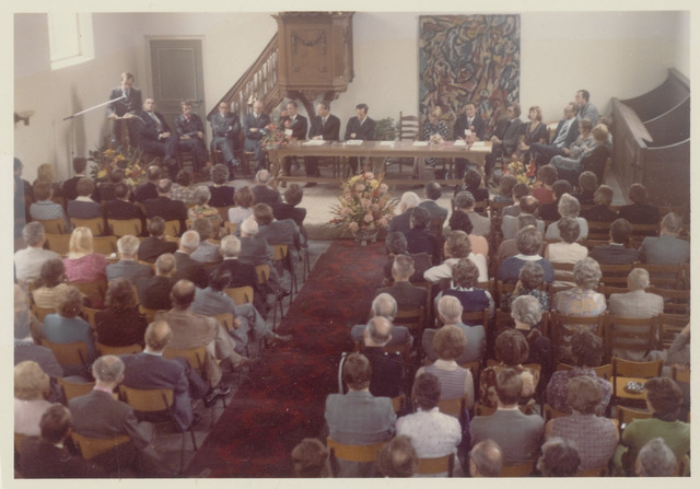 89045 - Installatieplechtigheden Hervormde kerk Terheijden: nieuwe burgemeester J.van Maasakkers