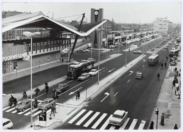 032060 - Spoorwegen: Station aan de Spoorlaan