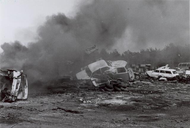 014146 - Brand op het terrein van een autosloperij aan de Albionstraat
