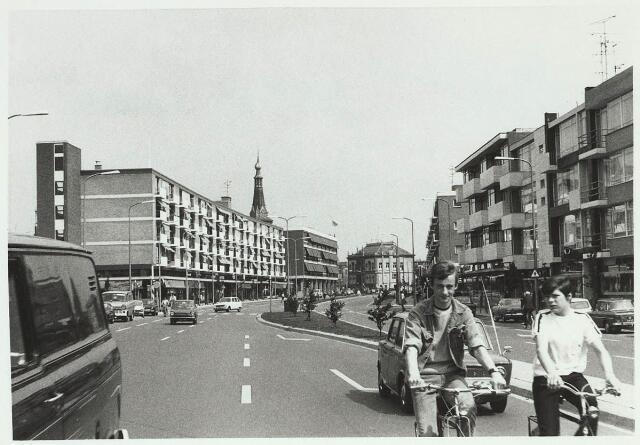 031120 - Schouwburgring. Op achtergrond het oude Stadhuis.