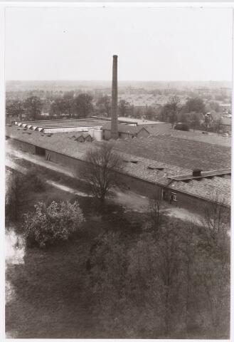 036681 - Panorama van Tilburg vanaf de flat aan de Gen. Smutslaan (Heineken)